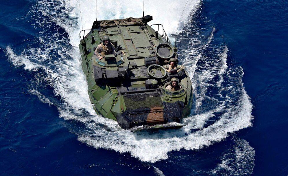 غرق شدن نفربر آمریکایی جان هشت نظامی را گرفت