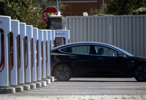 تسلا با تولید ۱۱۲ هزار دستگاه خودروی برقی رکورد زد