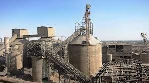 رجبی مشهدی؛ رفع محدودیت ۳۶ کارخانه سیمان در اولویت قرار گرفت